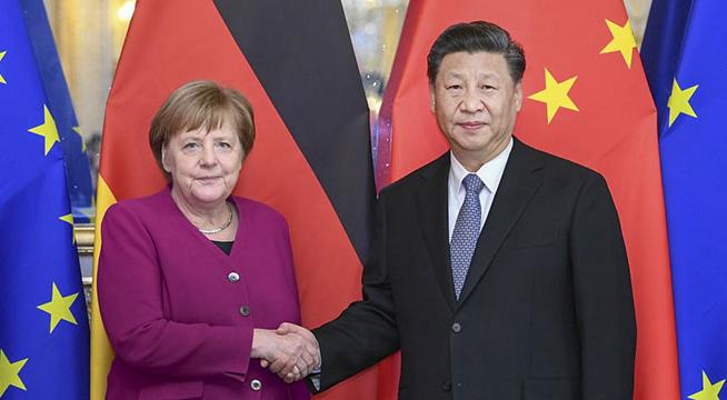 习近平会见德国总理默克尔_副本.jpg